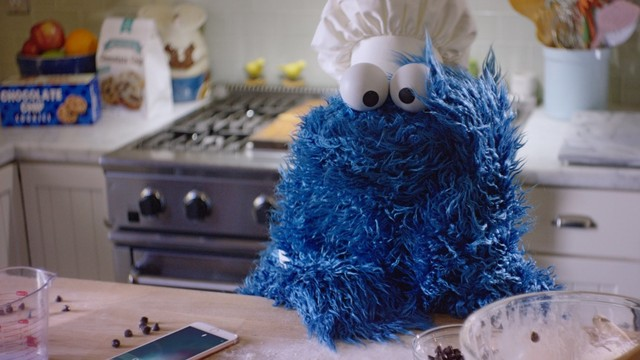 Apple posts hilarious 'Behind the scenes with Cookie Monster' video