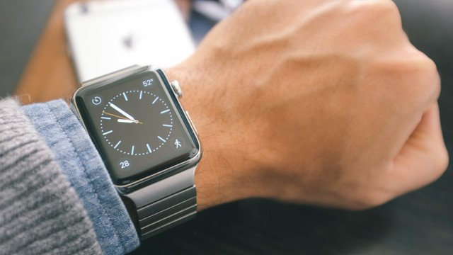 Shopping for the Best Third-Party Apple Watch Bands is Now Easier than Ever